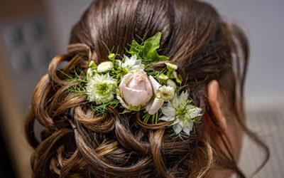 Obtenez votre coiffure de mariée pour 2021, peu importe le nombre d'invités !